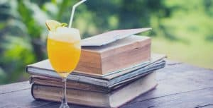 juice with books